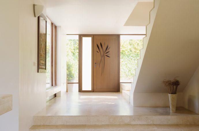 Porte d'entrée mixte bois / alu